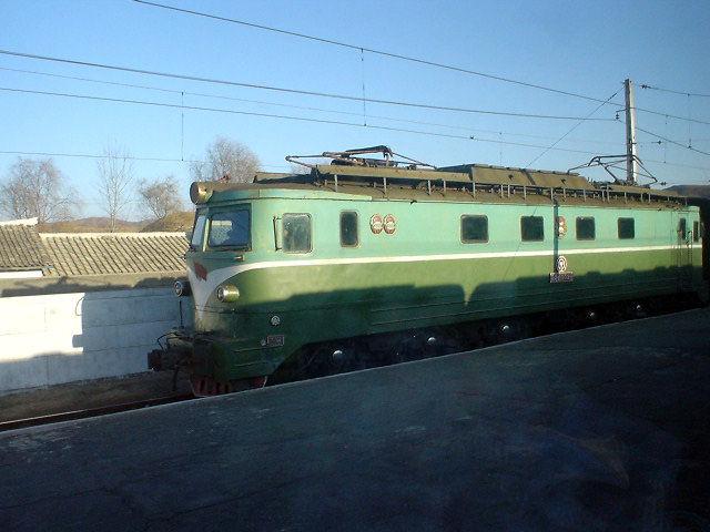 北朝鮮観光 鉄道