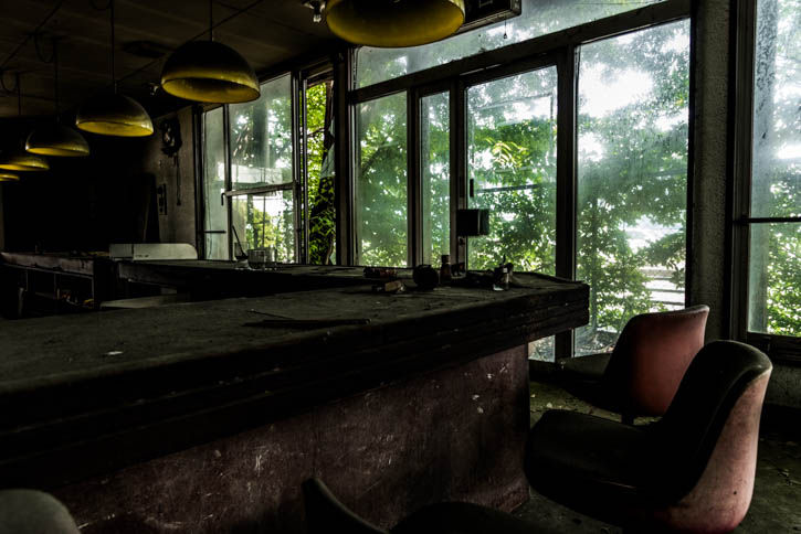 廃墟ラーメン屋-26