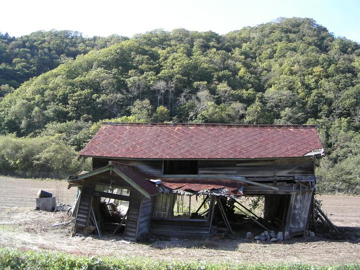 尺別の廃屋