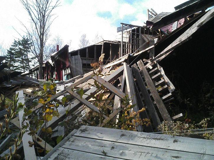 チニカ山荘 崩壊