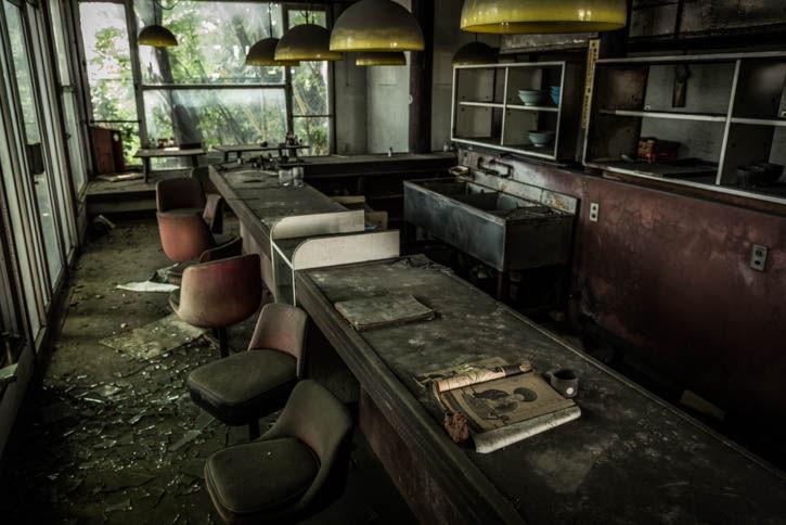 廃墟ラーメン屋-9