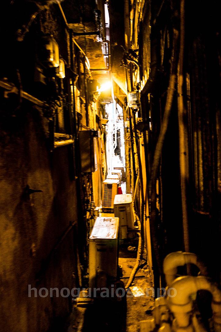 ゴールデン街-ランプ