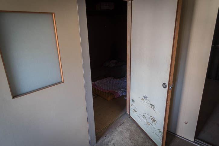 廃墟アパート-32