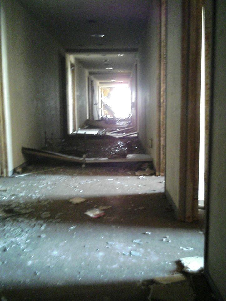 ホテルニュージャパン 4階廊下