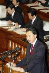 首相施政方針演説に質問する鳩山幹事長