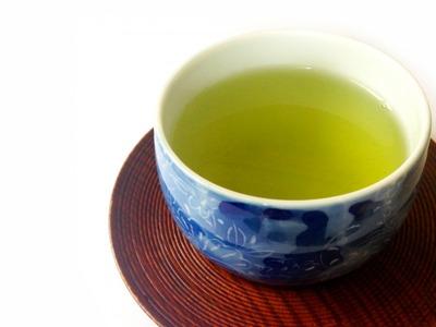 【朗報】緑茶、1分でコロナ1/100以下まで減少させることが判明 BCG予防接種も効果あり