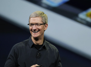 apple-ceo-tim-cook-emerges-from-steve-jobs-shadow-1