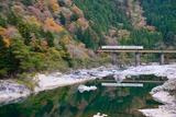 飛騨川とキハ48