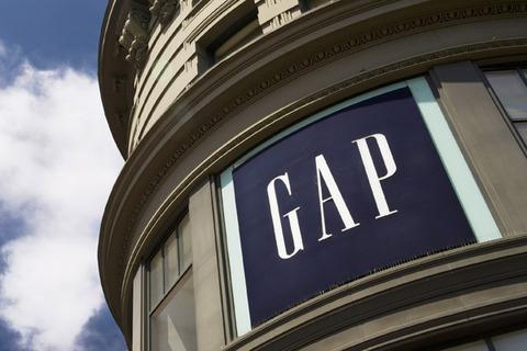 【悲報】Gapって服屋に行った結果