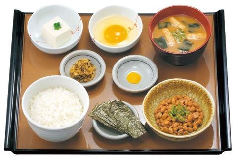 納豆朝食 やよい軒