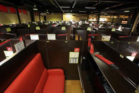 【衝撃】日本のネカフェを見た中国人の反応