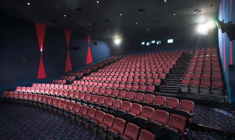 cine-com-3-8a27b