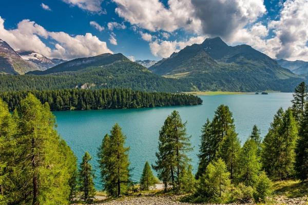 lake-5538757_1920