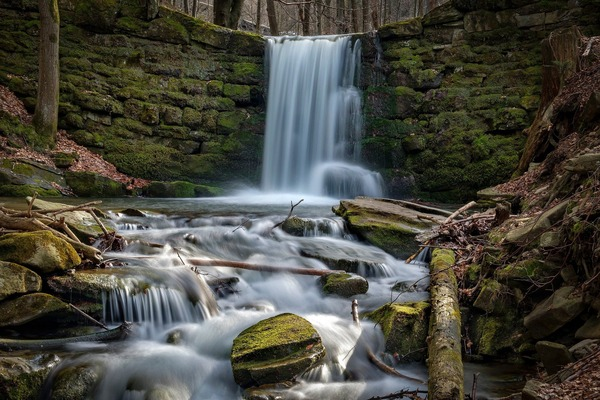 waterfall-6237479_1920