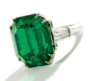 16.93cts Emerald Ring  HARRY WINSTON
