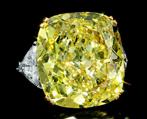 .LOt.242 43.49ct Fancy Intense Yellow VS1 by GRAFF