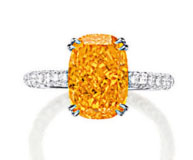 Lot.2669 4.19ct Fancy Vivid Orange VVS1Ring