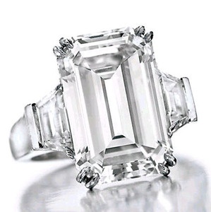9.68cts D VVS2 by Harry Winston