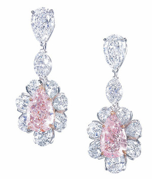 2762 Fancy Pink Diamond Ear Pendant