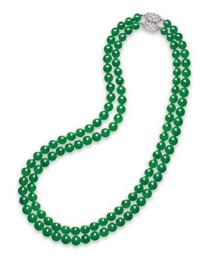 jadeite_bead_and_diamond_necklace