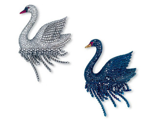 3646 Pair of Swan Brooches