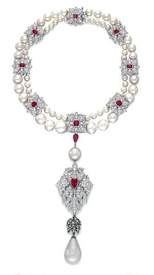 Peregrina natural pearl