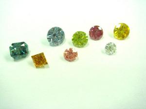 合成カラーダイヤモンド