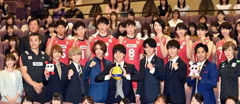 ジャニーズWEST:W杯バレー日本代表にエール「共に戦う気持ちで盛り上げたい」