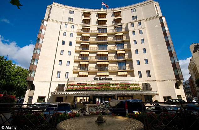Hotels-In-london-The-Dorchester