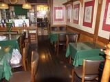 福岡のイタリアレストランのお洒落な店内