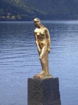 田沢湖 たつこ姫像