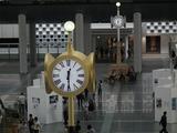 時空の広場 金の時計と銀の時計