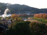 銀の湯会館 青野川と桜並木