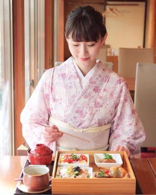 spring-kimono-japan