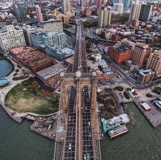 ブルックリン・ブリッジ上空から