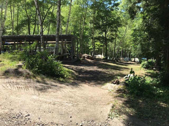 キャンプ入口