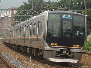 300px-WestJapanRailwayCompanyType321-1