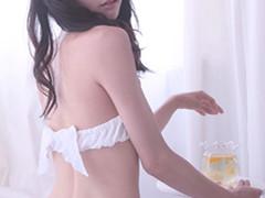 品乳ブラ03