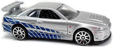 Nissan-Skyline-GT-R-R34-R32-l