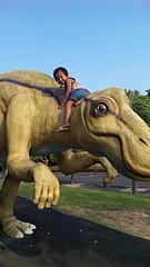恐竜たかいたか〜い