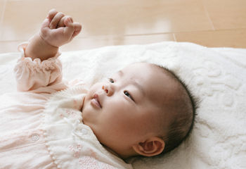 娘に「結絆」と書いて「ゆづな」と名づけました。他のお母さんたちに「なんて読むの?」「…日本人かな?」みたいなこと言われて本当にショック