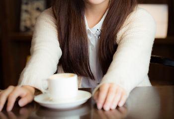嫌いな上司のコーヒーに床を拭いた雑巾を絞った汁を入れてもピンピンしていたから…今度はヤツのコーヒーにハイターを入れてやったwww