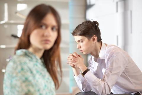 【フルボッコ】レス3年、私は手取りで700万ありますが、旦那は自営業で今月の収入は0円。尊敬出来る要素が無くなったので離婚したい...