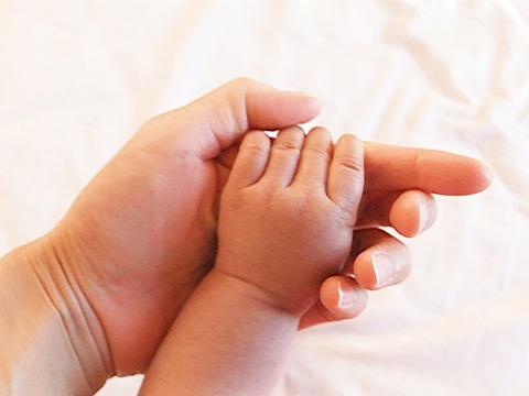 【修羅場】出産直後から「俺に子供を抱かせたく無い」の1点張りでもうすぐ2年、一度も子を抱いていない。限界を感じ嫁に話したら...