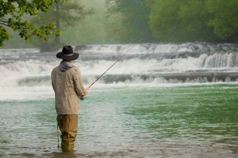 【修羅場】釣りに行くと言って出て行ったっきり、父が突然行方不明になった。その後荷物の整理をしていたら...