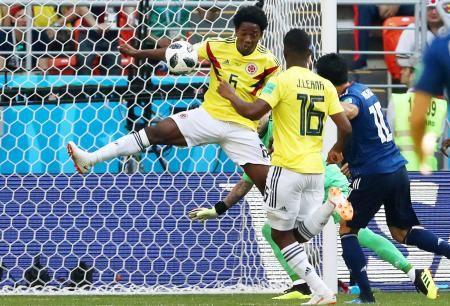2chまとめ【サッカー】<コロンビア代表のMFカルロス・サンチェス>痛恨レッドの判定に疑問!「なぜ退場になるか分からない」