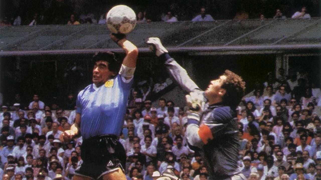 【訃報】ディエゴ・マラドーナ60、死去 サッカー界の「レジェンド」 →まだ60歳 案外若かったんだ 2chまとめ