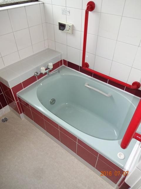 ④段差解消のため浴槽交換