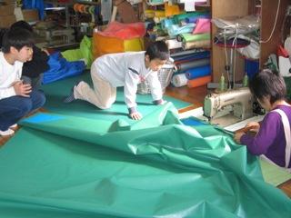 ミシン縫製見学