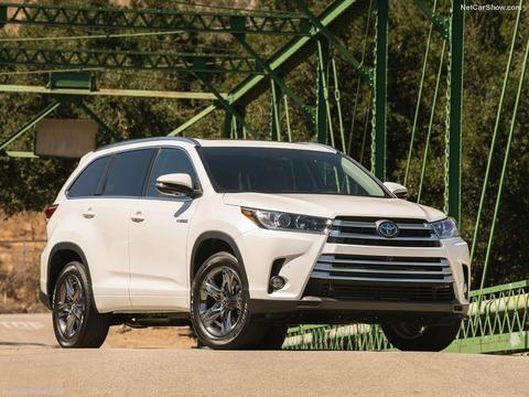 Toyota-Highlander-2017-800-01